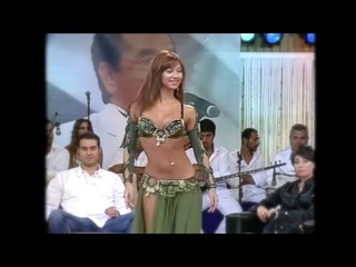 Didem Belly Dance Drum Solo on Ibo Show in Green [HD]