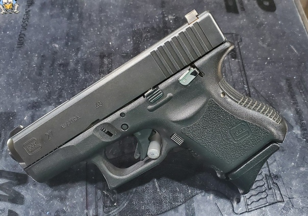 #авторские_фото Когда на твоём Glock нет предохранителя в привычном...